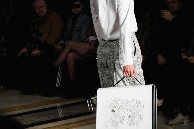 Apujan, London Fashion Week A:W'18 | Anna Port Photography17