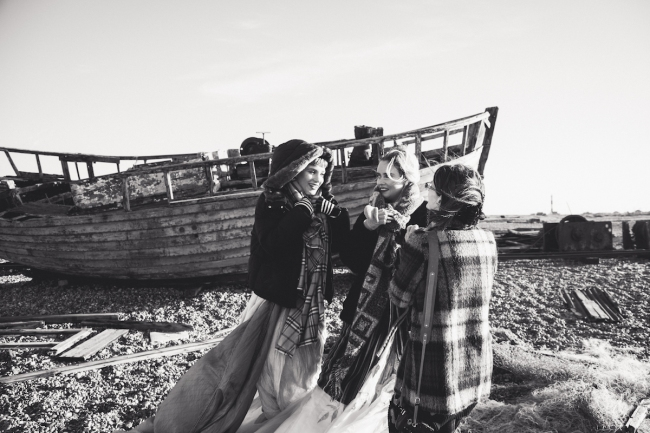 BTS editorial by Emma Jane Lewis for IMirage Mag | Anna Port Photography22